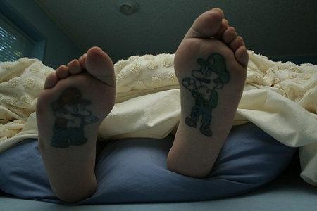 mario-feet-3