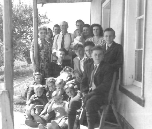 grandeFamilleStPierreIleOrlean_1950