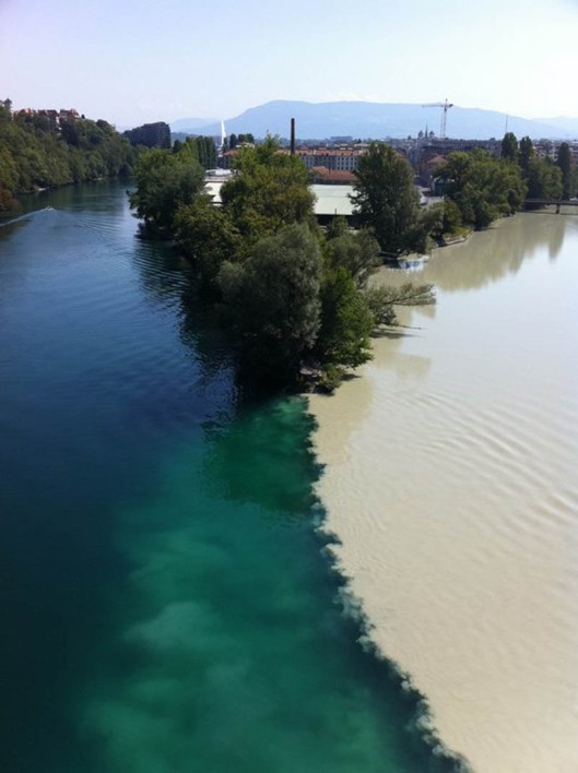 two-rivers-colliding-geneva-switzerland-rhone-and-arve-rivers_2
