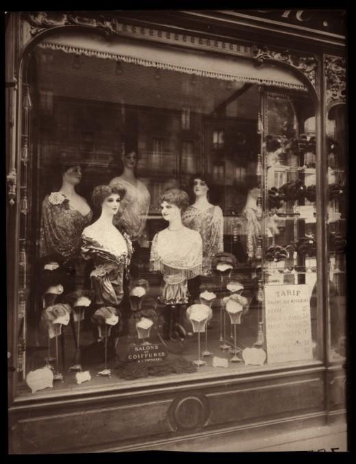 vitrines-parisiennes-deugene-atget-L-7Z49dC