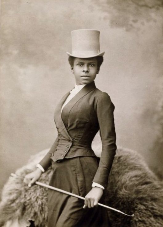 african-american-female-equestrian