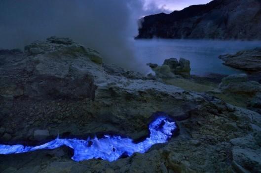 Volcan_bleu2