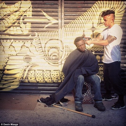 Haircuts-for-the-Homeless-04