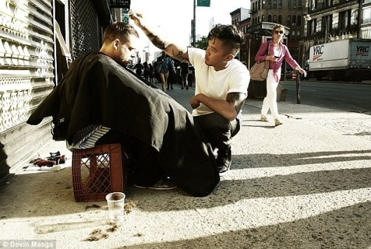 Haircuts-for-the-Homeless-11