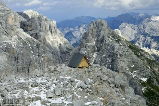 mountain-hotel-1-685x458