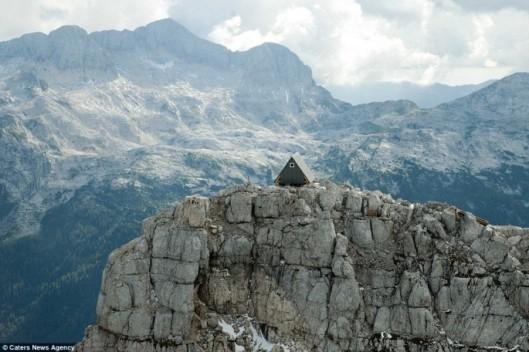 mountain-hotel-2-685x456