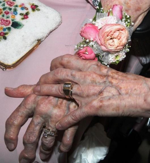 newlyweds-90s-2-685x744
