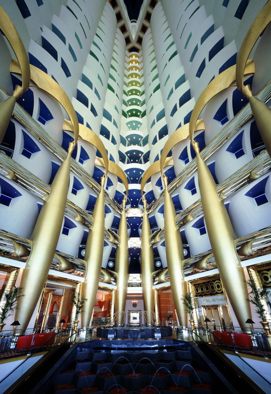 L int rieur de l h tel burj al arab curiosit s de titam for Dubai decoration interieur