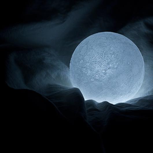 moon3-750x750