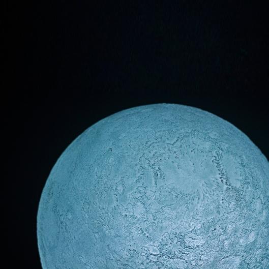 moon4-750x750