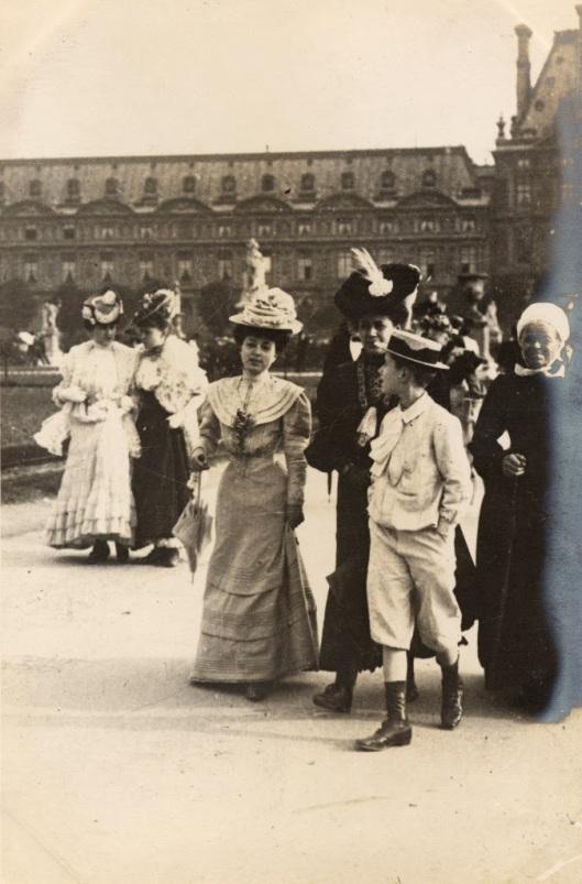 Paris Street Style of 1906 (11)