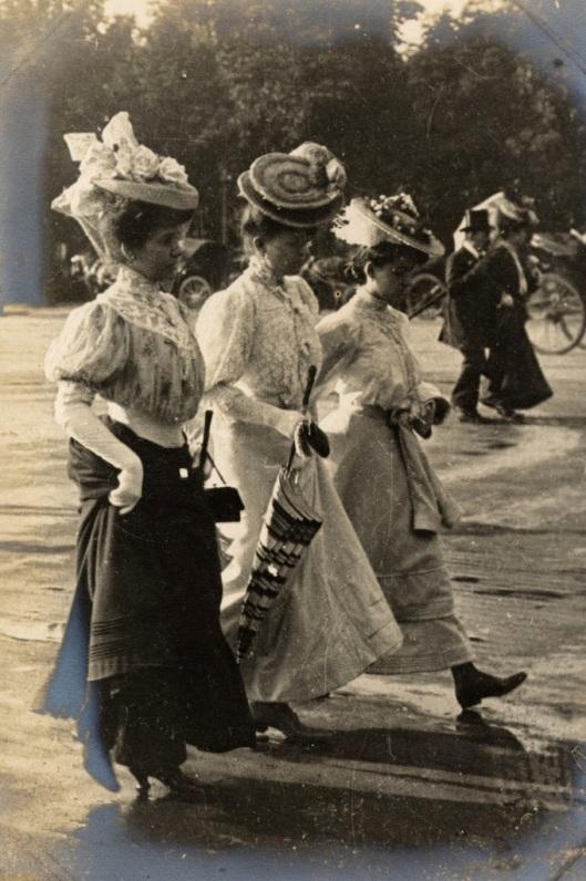 Paris Street Style of 1906 (6)