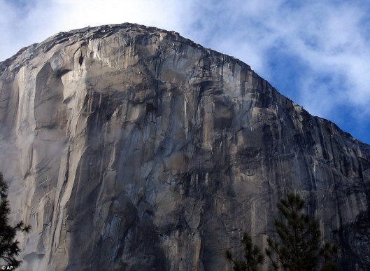 Daunting_At_3_000_feet_tall_El_Capitan_is_the_largest_monolith_o-a-12_1420525074336