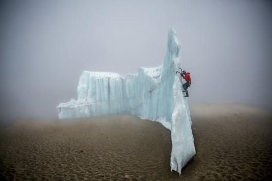 ice-climbing-at-the-summit-of-kilimanjaro-will-gadd-red-bull-6