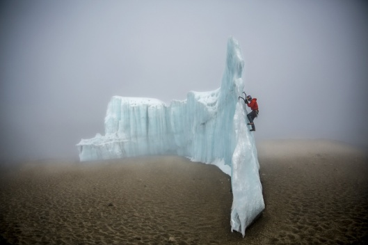 ice-climbing-at-the-summit-of-kilimanjaro-will-gadd-red-bull-6