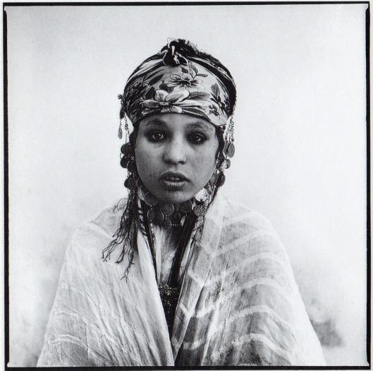 """3Marc-Garanger-""""Femmes-algériennes-1960""""-Editions-Contrejour-1982."""