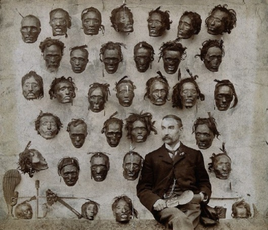 Major+General+Horatio+Gordon+Robley+with+his+collection+of+tattooed+Maori+heads%2C+1895