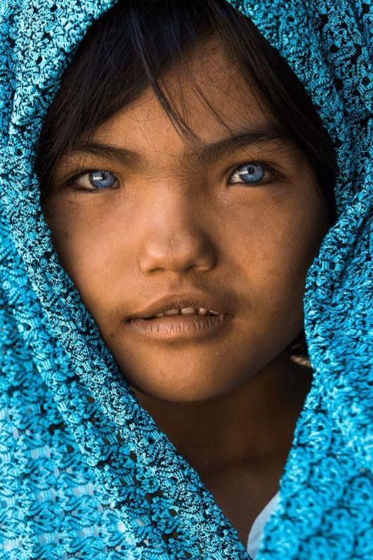 An Phước a 7 ans. La couleur de ses yeux vient de son père.