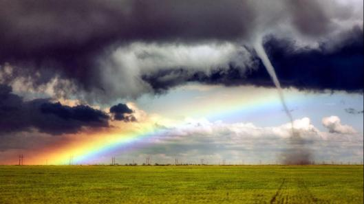 1280-CATERS_TORNADO_RAINBOW_01