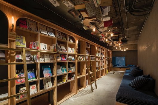 library-hotel-book-bed-tokyo-7