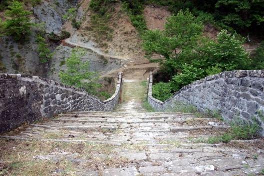 plaka-bridge-2[2]