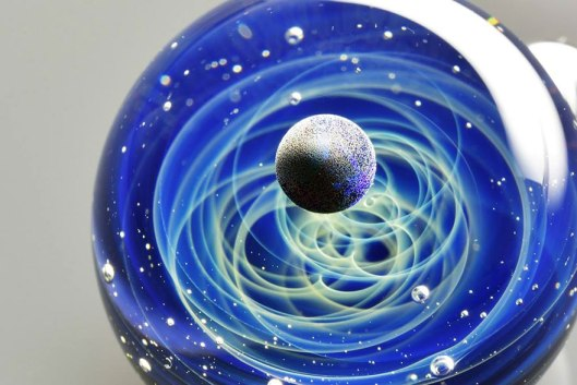 space-glass-planets-galaxies-stars-pendants-satoshi-tomizu-22