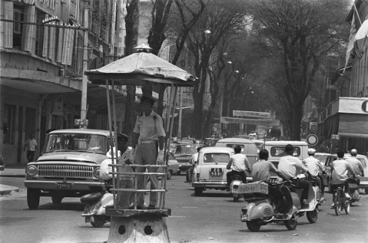 The_Life_in_Saigon_in_the_1960s_by_Fran_ois_Sully_6_