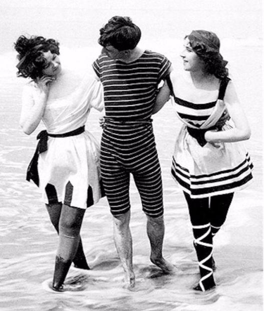 Men in Swimwears in the 1900s (4)