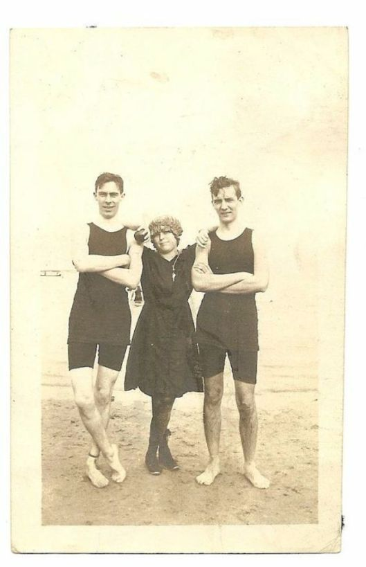 Men in Swimwears in the 1900s (6)