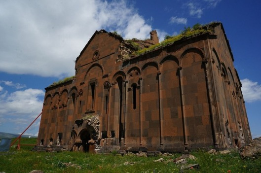 ani-ruined-churches-162