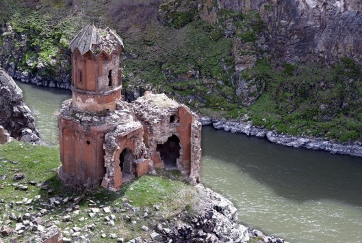 ani-ruined-churches-182