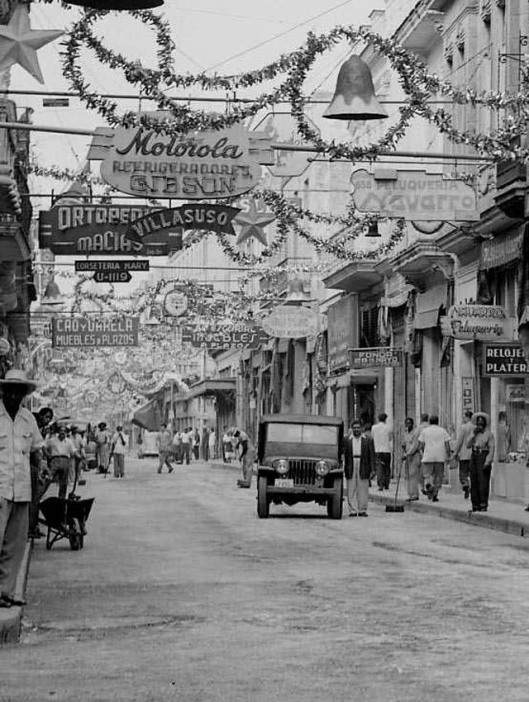 Daily Life in Havana from between 1930s-50s (41)