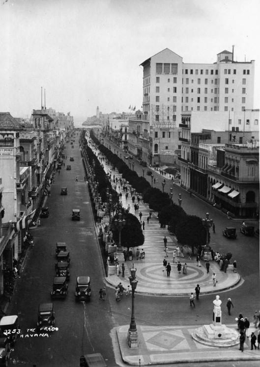 Daily Life in Havana from between 1930s-50s (5)