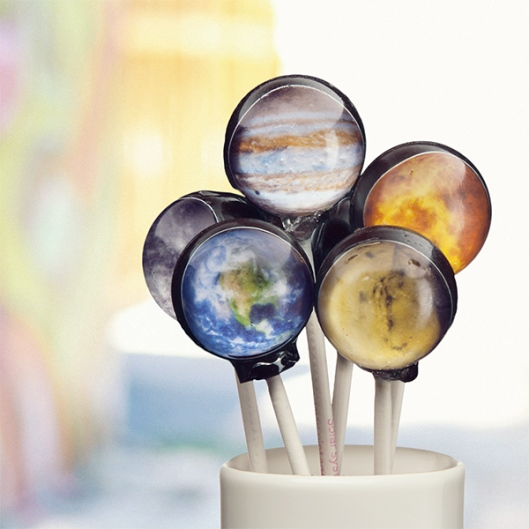 itvi_planetary_lollipops_bouquet