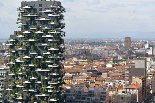 bosco-verticale-vertical-forest-residential-towers-by-boeri-studio-milan-italy-2