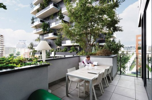bosco-verticale-vertical-forest-residential-towers-by-boeri-studio-milan-italy-7