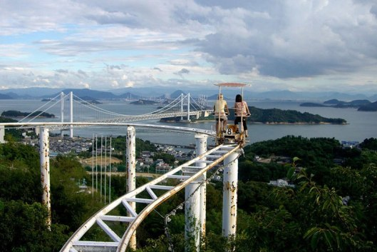 sky-cycle-pedal-powered-rolloer-coaster-japan-6