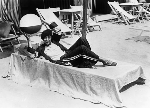 vintage-deauville-beach-15