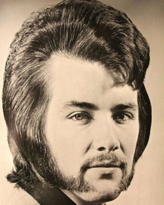 1970s-the-most-romantic-period-of-mens-hairstyles-14