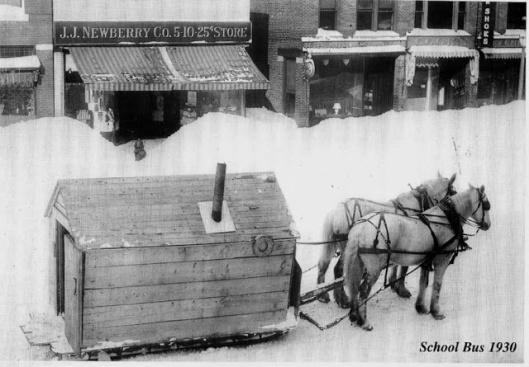 Bus scolaire nord du Maine 1930