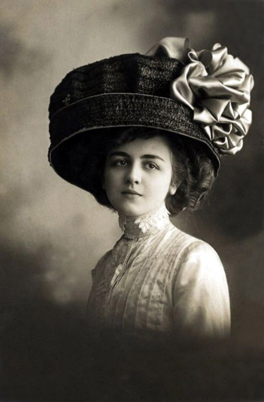 edwardian-giant-hats-1900s-10s-23