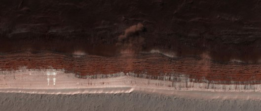 avalanche-on-mars-hirise-nasa-jpl-aerial